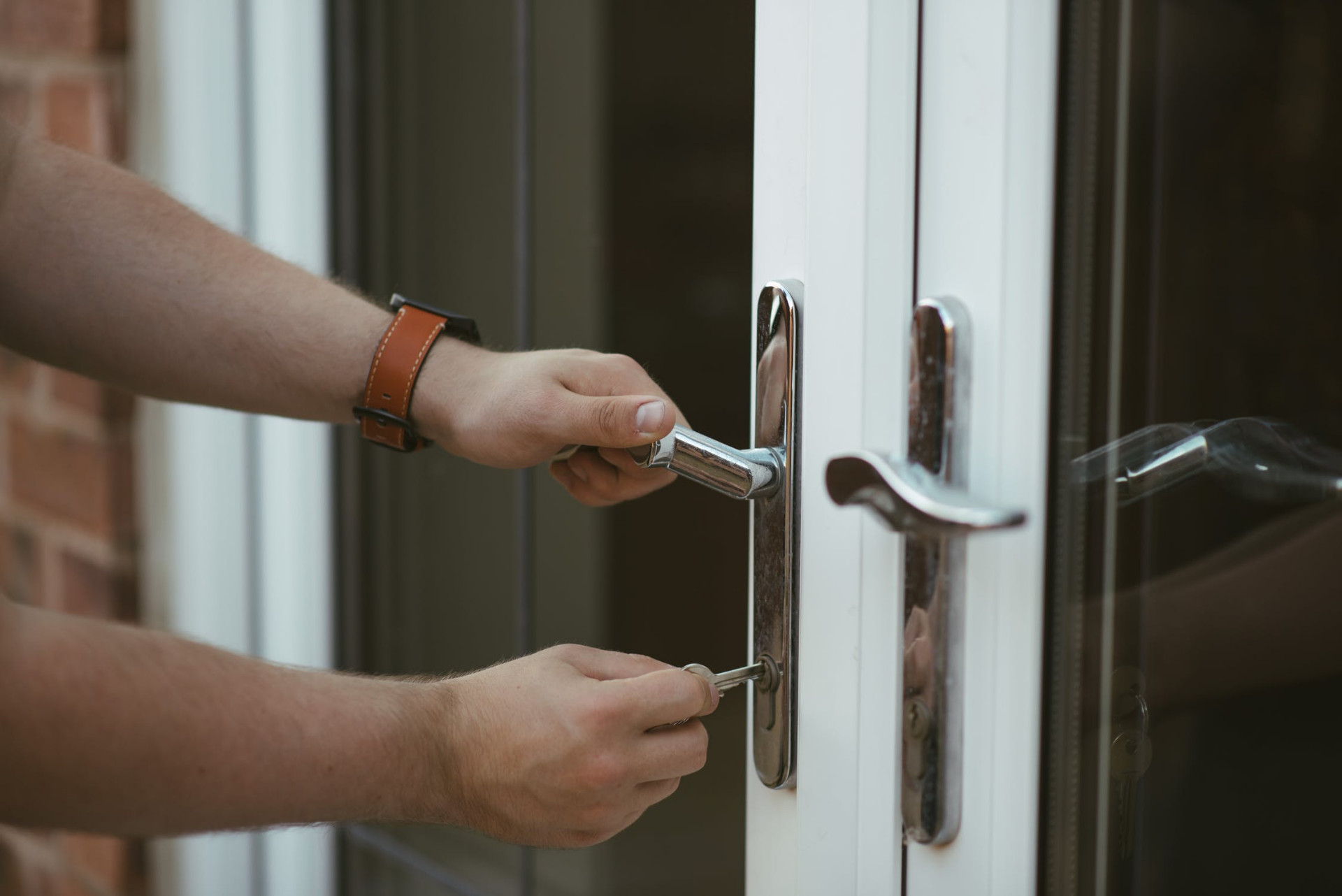 How to Open Your Home Lock Without a Key