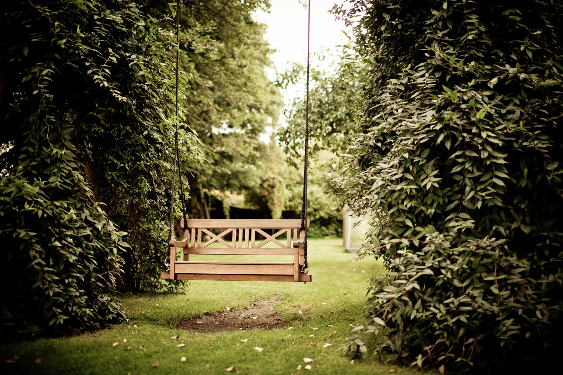 How to a make pallet swing