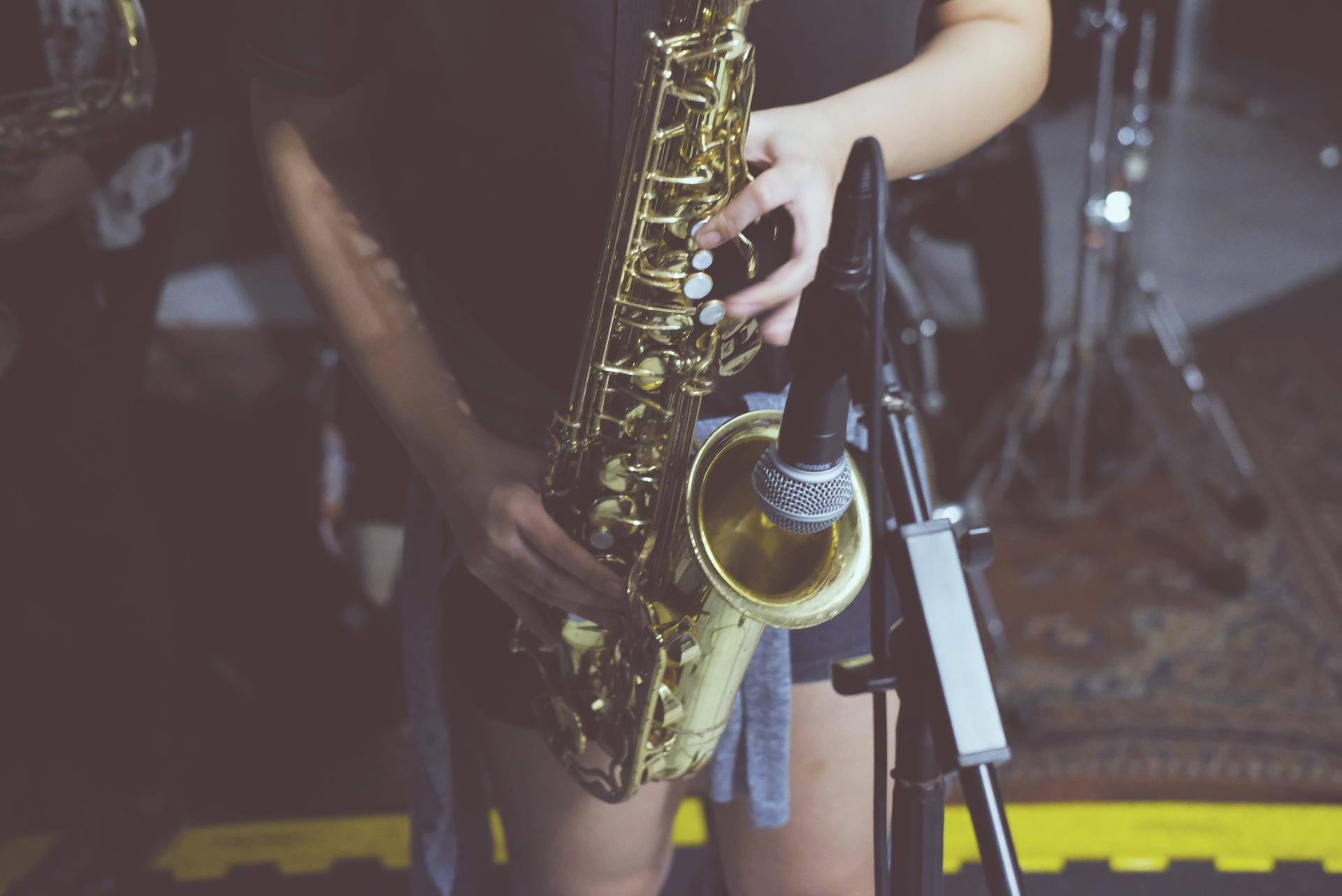 Saxophone Won't Play Low Notes? Here's How to Fix the Low Note Problem on Any Sax